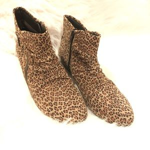 Array Animal Print Leather Bootie Size 9M